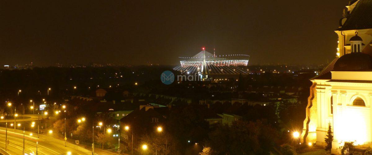 Warschau, Blick aus Hotelzimmer am Abend Beitragsbild