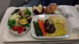 Rückflug, Abendessen