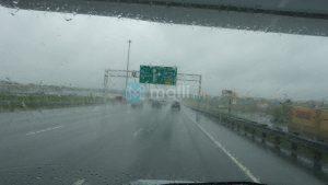 Fahrt im Regen