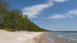 Sandbanks, Outlet Beach